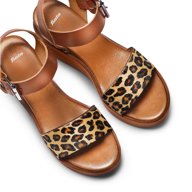 Sandali in pelle con suola platform